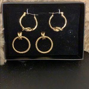 Set of Earrings.